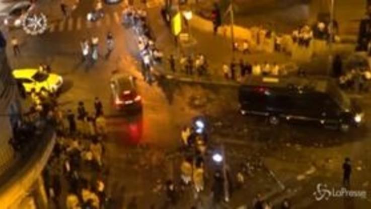Israele, chiuse le sinagoghe: scontri tra ultraortodossi e polizia