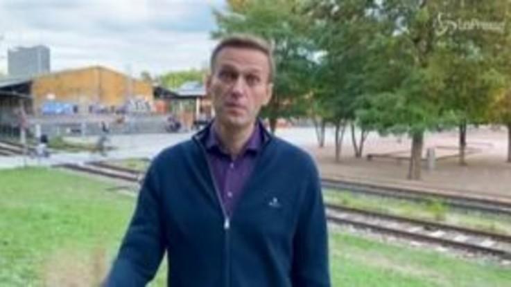 """Avvelenamento, Navalny: """"Putin ha ordinato la mia morte"""""""