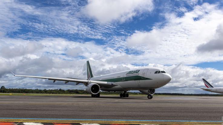 Alitalia, firmato dl: la newco può decollare