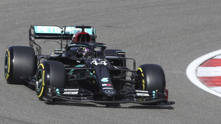 F1, Gp Eifel: pole di Bottas davanti a Hamilton. Quarto Leclerc