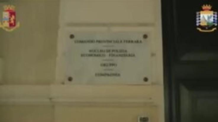 Ferrara, mazzette per false revisioni di mezzi: 7 arresti