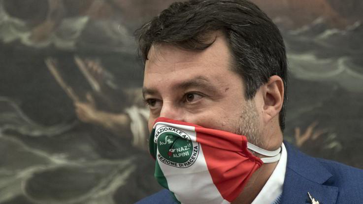 """Salvini: """"Governo non si limiti a chiudere, aspettiamo di essere coinvolti"""""""