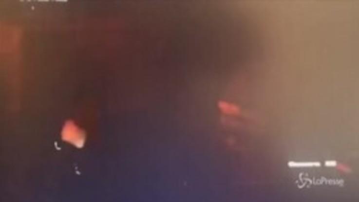 Azerbaigian, attacco aereo nella città di Ganja: le immagini dell'esplosione