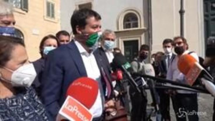 """Salvini: """"Torneremo al governo di questo Paese senza cambi di casacca"""""""