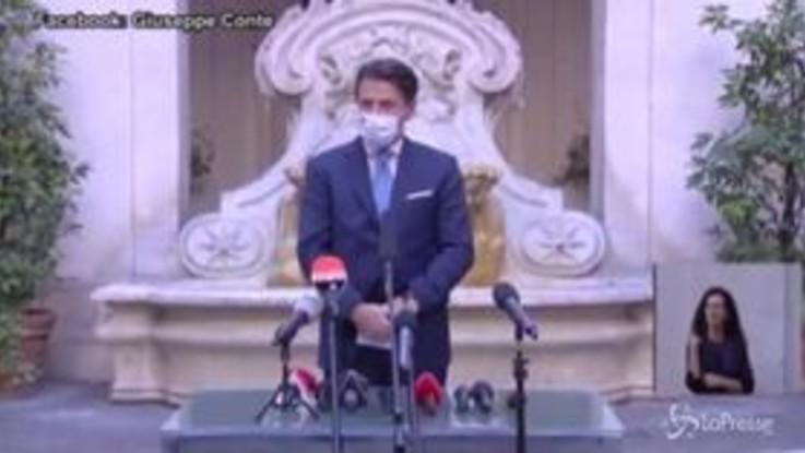"""Nuovo Dpcm, Conte: """"Evitare di far ripiombare il Paese in un lockdown generalizzato"""""""