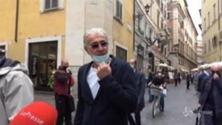 Giletti a spasso nel centro di Roma: non risponde sulla possibile candidatura a sindaco