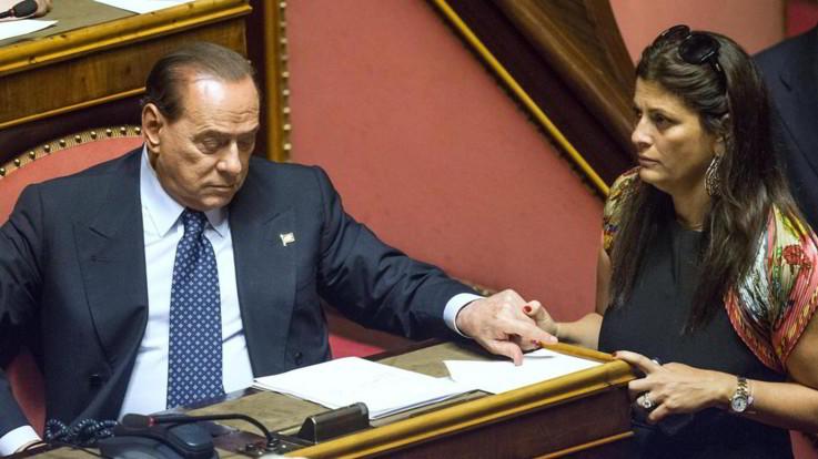 Santelli, la politica piange la governatrice