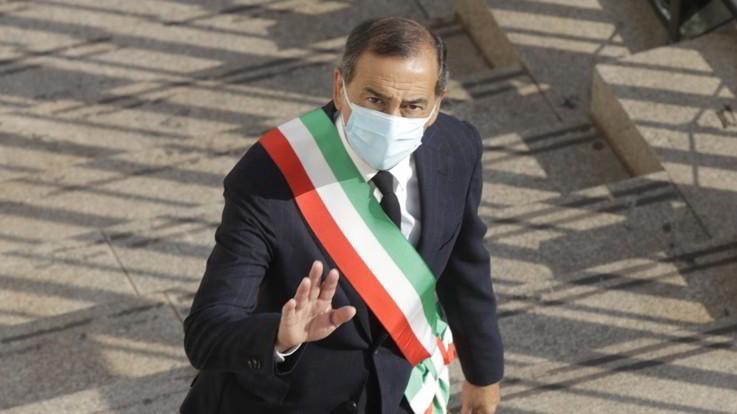 """Milano, Sala, """"No a restrizioni estreme, ma domani faremo qualcosa in più"""""""