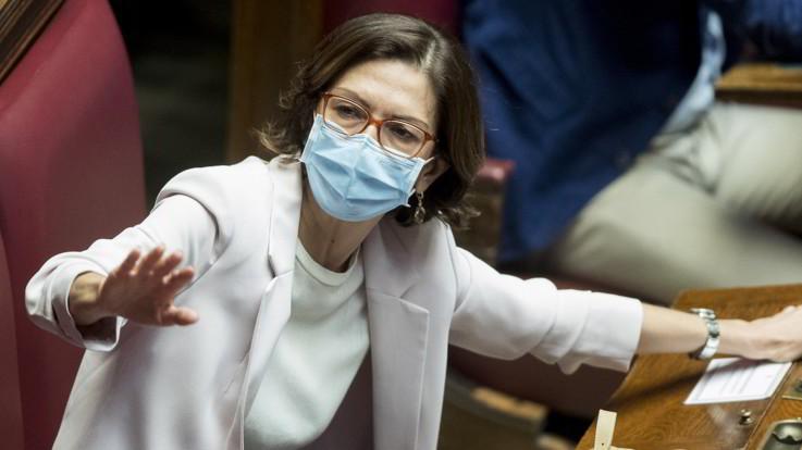 """Mariastella Gelmini positiva al Coronavirus:""""Supereremo anche questa"""""""