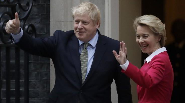 """Brexit, Johnson: """"Ue cambi approccio o si esce con No Deal"""""""