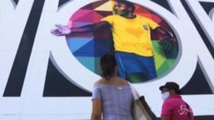 Brasile, a Santos un murale dedicato a Pelè per i suoi 80 anni