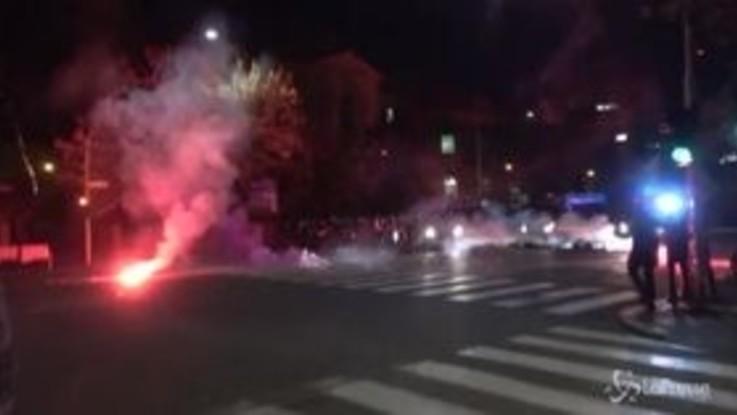 Coronavirus: a Roma nuova protesta contro restrizioni, scontri con la polizia