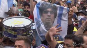 Maradona, tensione tra tifosi e polizia davanti alla Casa Rosada