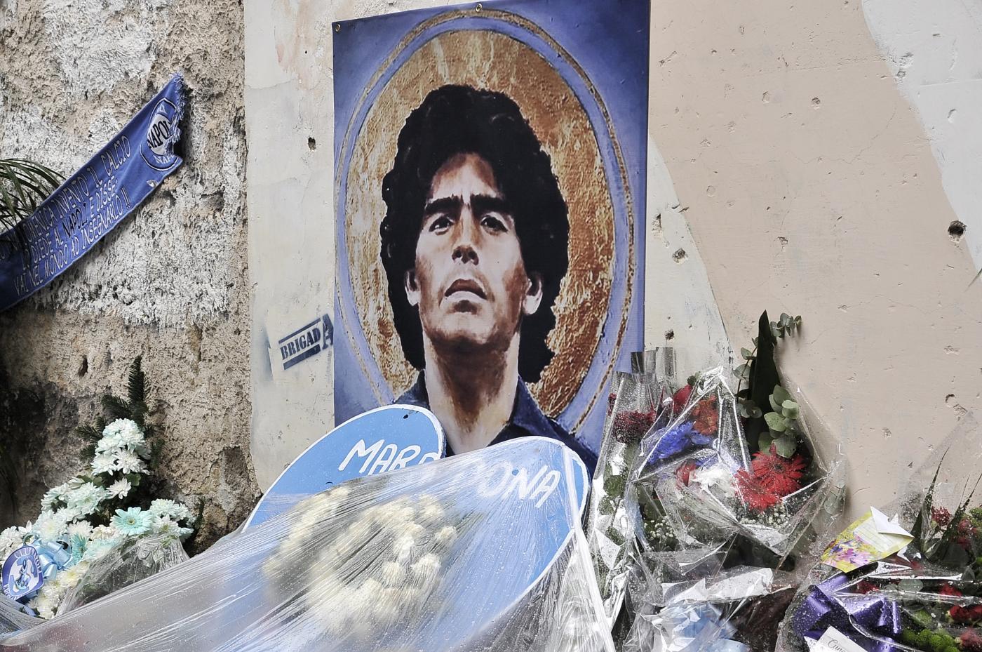 I quartieri Spagnoli di Napoli celebrano Maradona
