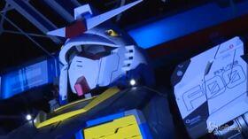 Giappone, il robot Gundam si prepara per il debutto in pubblico