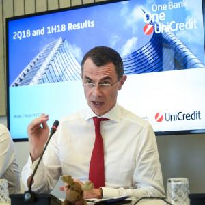 Conferenza stampa di presentazione dei risultati del primo semestre di UniCredit