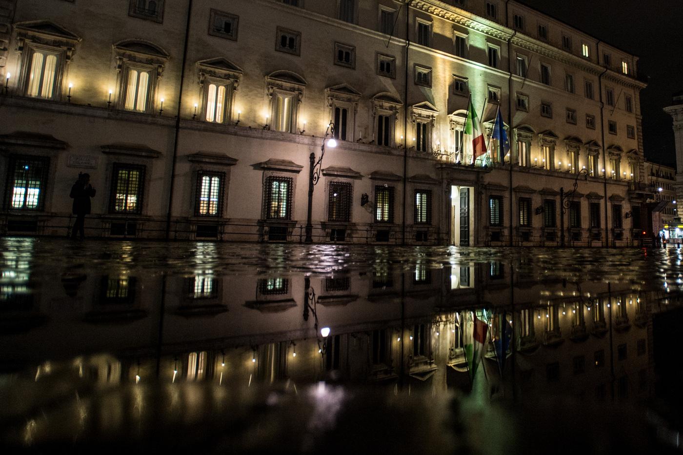 Palazzo Chigi, l'esterno durante il consiglio dei Ministri