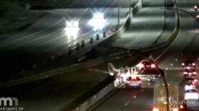 Usa: aereo atterra su autostrada del Minnesota e si schianta contro un Suv