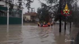 Modena, esonda il Panaro: evacuate le abitazioni