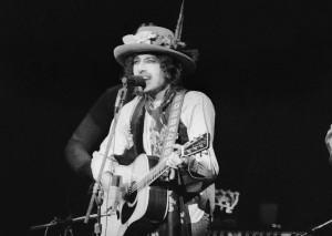 Bob Dylan vende tutto il suo catalogo alla Universal, l'acquisizione da 300 milioni