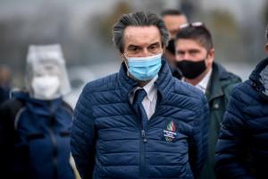 Emergenza Coronavirus, attivo il drive through di via Novara a Milano gestita dall' Esercito