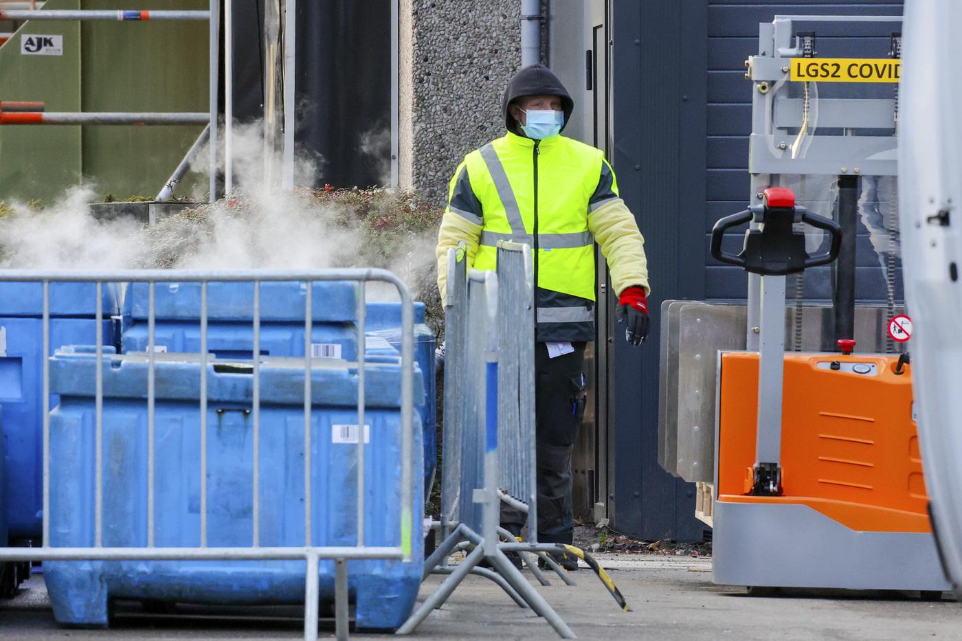 Belgio, il centro della Pfizer a Puurs dove vengono prodotti i vaccini contro il coronavirus
