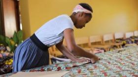 Fashion with a mission, Francesca De Gottardo racconta Endelea: design italiano e artigianalità africana