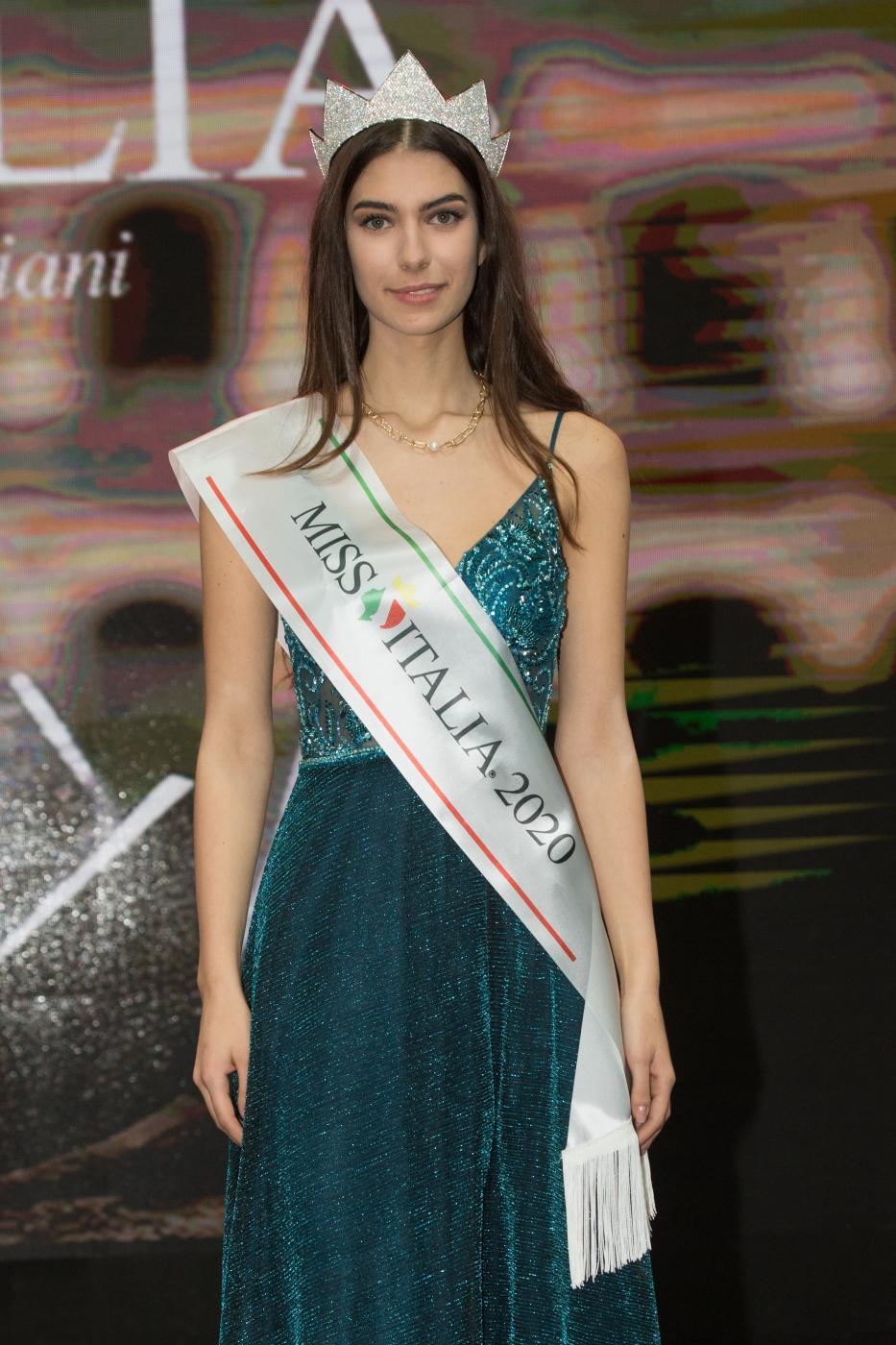 Miss Italia 2020 , la vincitrice è Martina Sambucini