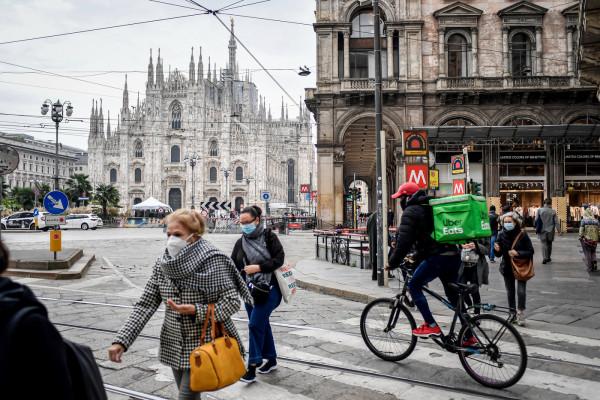 Primo giorno di coprifuoco a Milano e in Lombardia