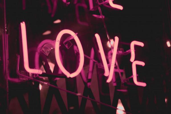 l'oroscopo del giorno, di oggi mercoledì 30 Dicembre - Amore