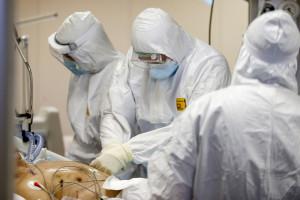 Coronavirus Roma, il reparto di terapia intensiva del Covid 3 di Casal Palocco