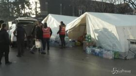 Sisma in Croazia: notte in tenda o auto per molti abitanti di Petrinja