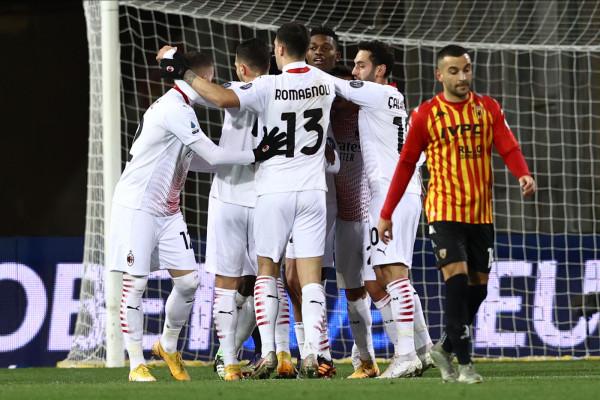 Il Milan vince a Benevento con Kessié e Leao