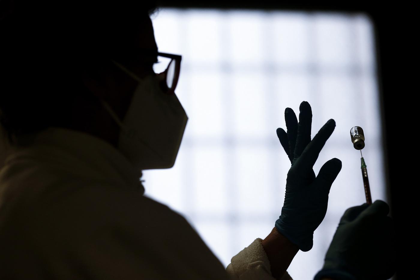 Campagna di vaccinazione anti Covid 19 al Policlinico Umberto I a Roma