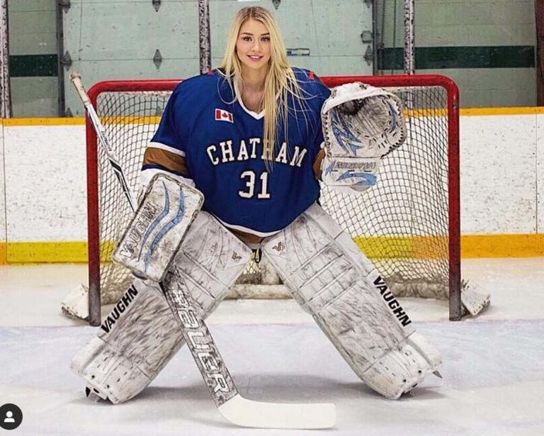 Mikayla Demaiter, la giocatrice di hockey più sexy del mondo