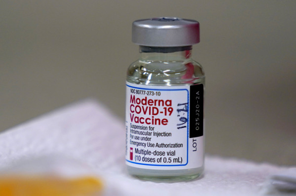 Vaccino Moderna, via libera Aifa al vaccino anti-Covid