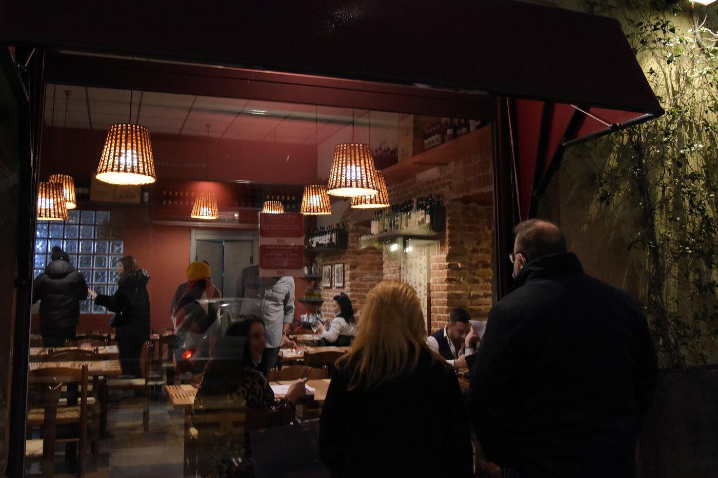 Protesta dei ristoratori: a Milano un ristorante è aperto nonostante il divieto