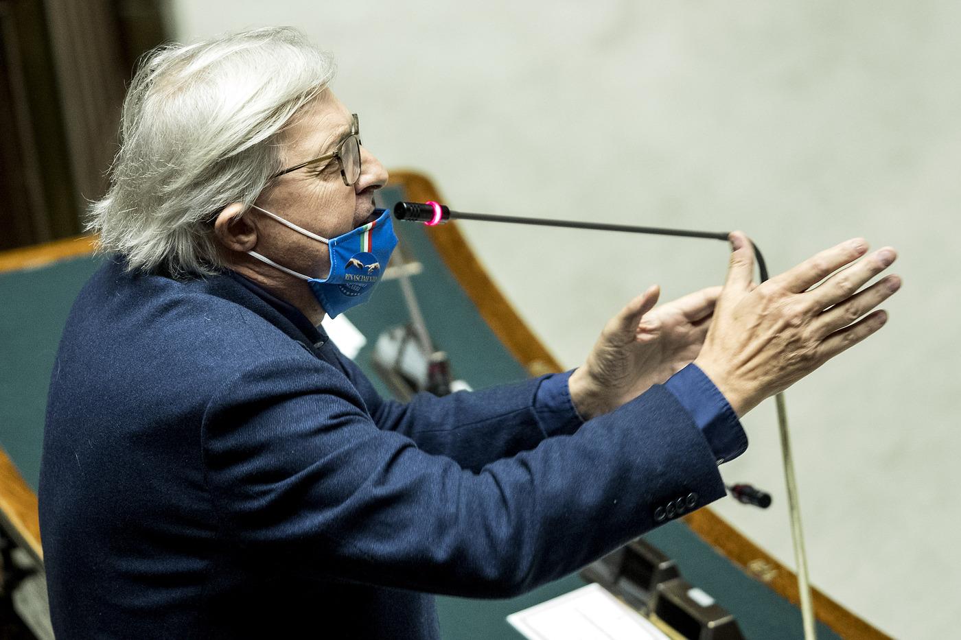 Vittorio Sgarbi. Camera - Informativa di Giuseppe Conte sulle iniziative contro l'emergenza Covid-19