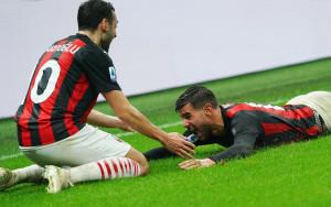 Theo Hernandez esultanza dopo gol 3-2