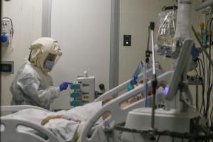 Reparto di terapia intensiva all'Istituto Nazionale di Malattie Infettive Lazzaro Spallanzani