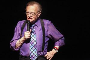 Larry King ricoverato in ospedale dopo aver subito un altro attacco di cuore