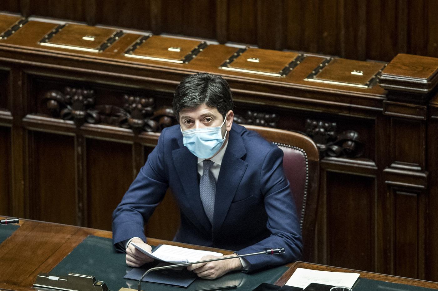 Camera dei Deputati - Comunicazioni del ministro Speranza su misure contro emergenza Covid-19
