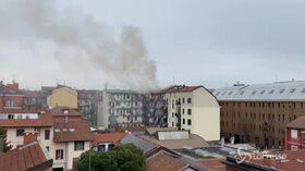 Milano, rogo in un appartamento