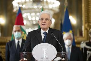 Sergio Mattarella durante le dichiarazioni alla stampa al termine delle consultazioni