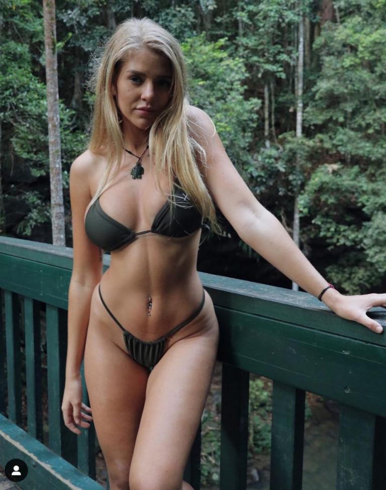 Jade Grobler bikini hot