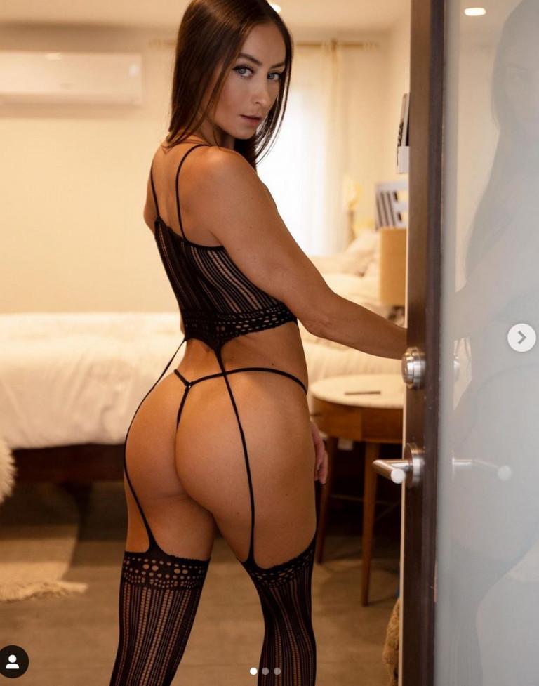Stephanie Marie sexy lingerie