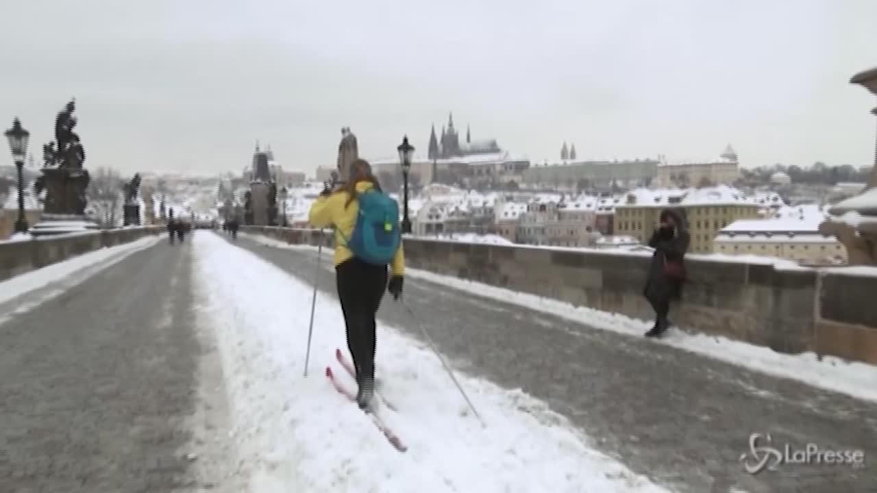 il ponte di Praga si trasforma in una pista