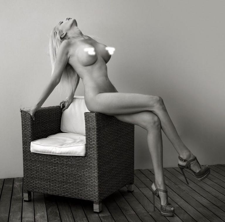 Giulia Cobez nuda