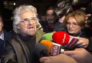 Beppe Grillo arriva all'hotel Forum