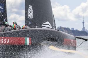 Finale Prada Cup, parte l'assalto di Luna Rossa a Ineos Team UK